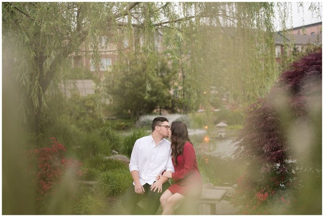 virginia-north-carolina-engagement-wedding-photographers-hampton-roads-virginia-engagement-photos-husband-and-wife-team_3707