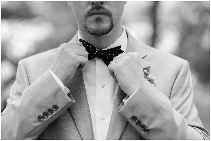 virginia-north-carolina-wedding-photographers-hampton-roads-virginia-engagement-photos-husband-and-wife-team-best-of-2016-getting-ready_3806