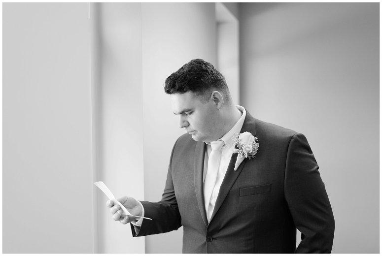 virginia-north-carolina-wedding-photographers-hampton-roads-virginia-engagement-photos-husband-and-wife-team-best-of-2016-getting-ready_3812