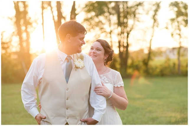 virginia-north-carolina-wedding-photographers-husband-and-wife-team-bride-and-groom-portraits_3998