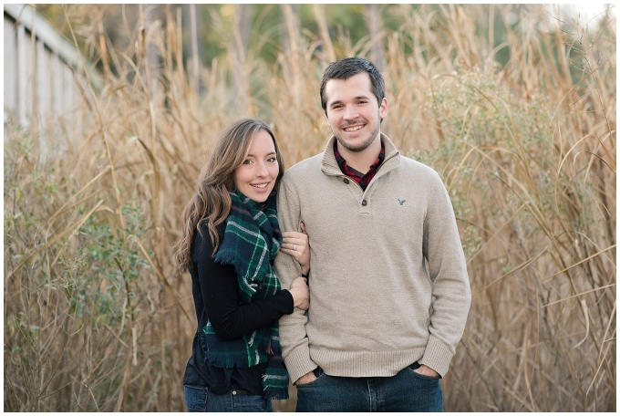 windsor-castle-park-winter-engagement-session-couple-poses-rowlands-photography-virginia-weddings_3538