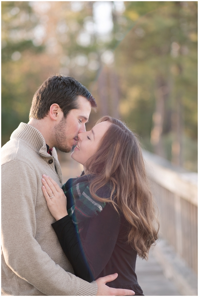 windsor-castle-park-winter-engagement-session-couple-poses-rowlands-photography-virginia-weddings_3546