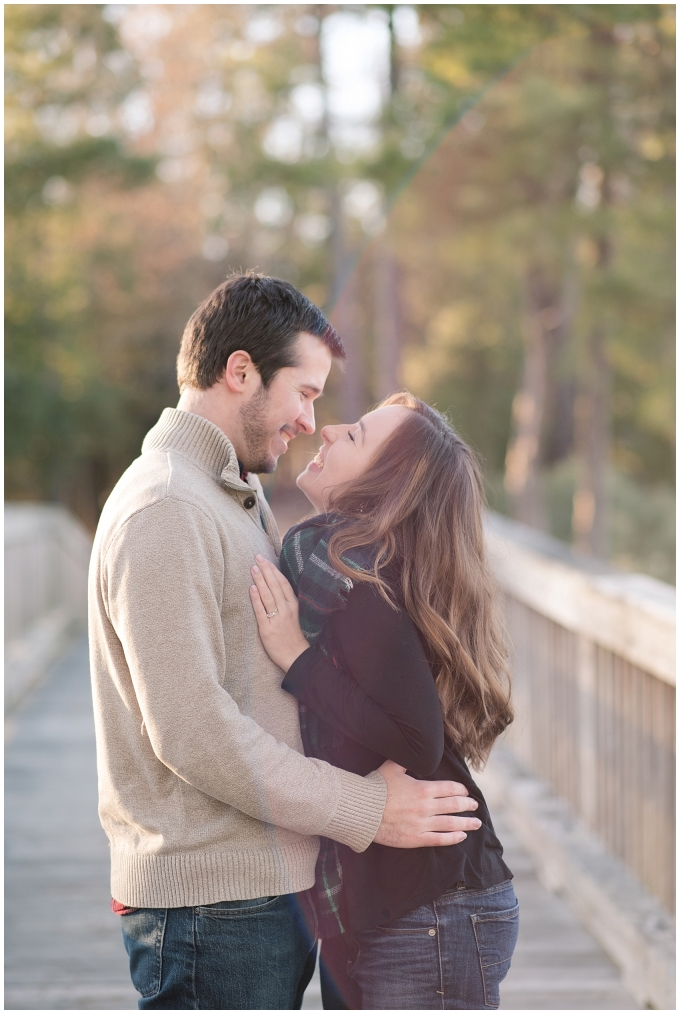 windsor-castle-park-winter-engagement-session-couple-poses-rowlands-photography-virginia-weddings_3548