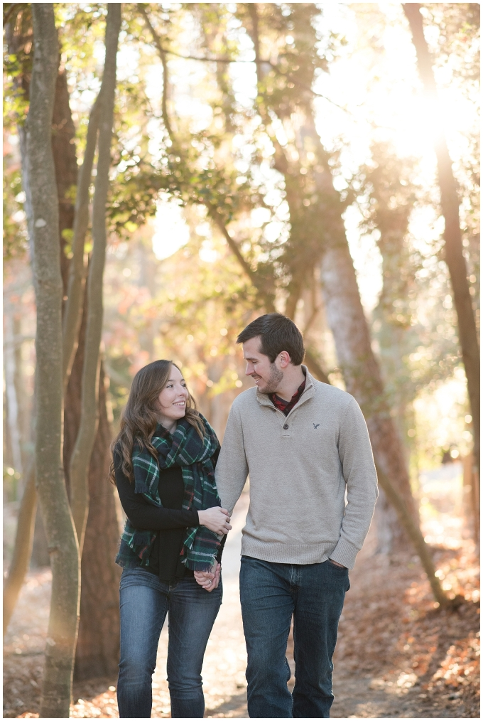 windsor-castle-park-winter-engagement-session-couple-poses-rowlands-photography-virginia-weddings_3556