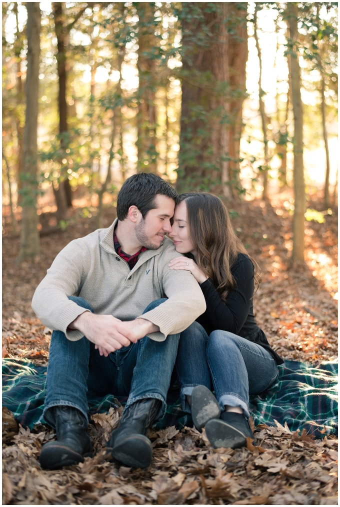 windsor-castle-park-winter-engagement-session-couple-poses-rowlands-photography-virginia-weddings_3562