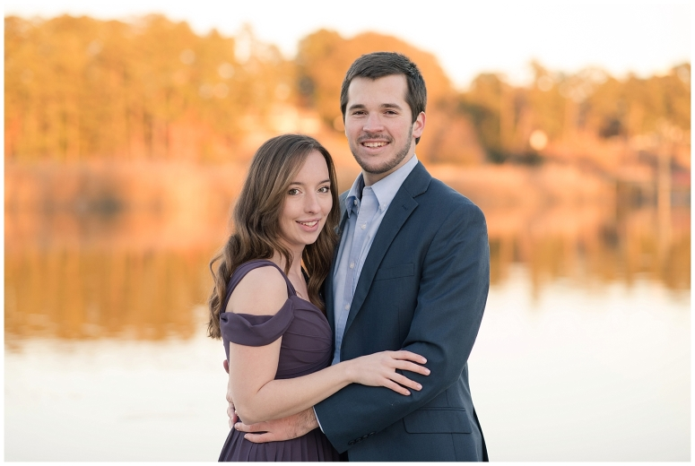 windsor-castle-park-winter-engagement-session-couple-poses-rowlands-photography-virginia-weddings_3584