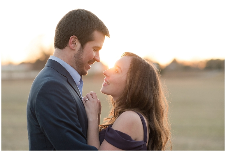 windsor-castle-park-winter-engagement-session-couple-poses-rowlands-photography-virginia-weddings_3596