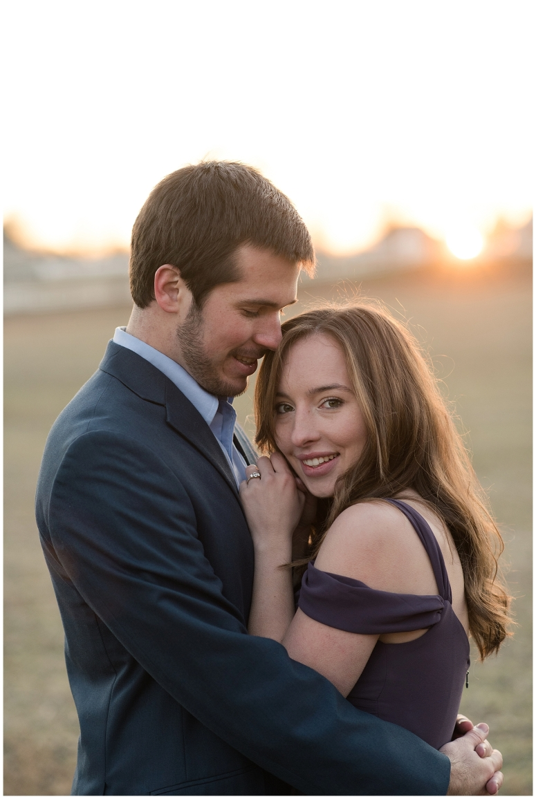 windsor-castle-park-winter-engagement-session-couple-poses-rowlands-photography-virginia-weddings_3597