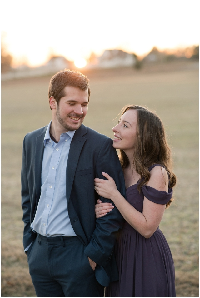 windsor-castle-park-winter-engagement-session-couple-poses-rowlands-photography-virginia-weddings_3601