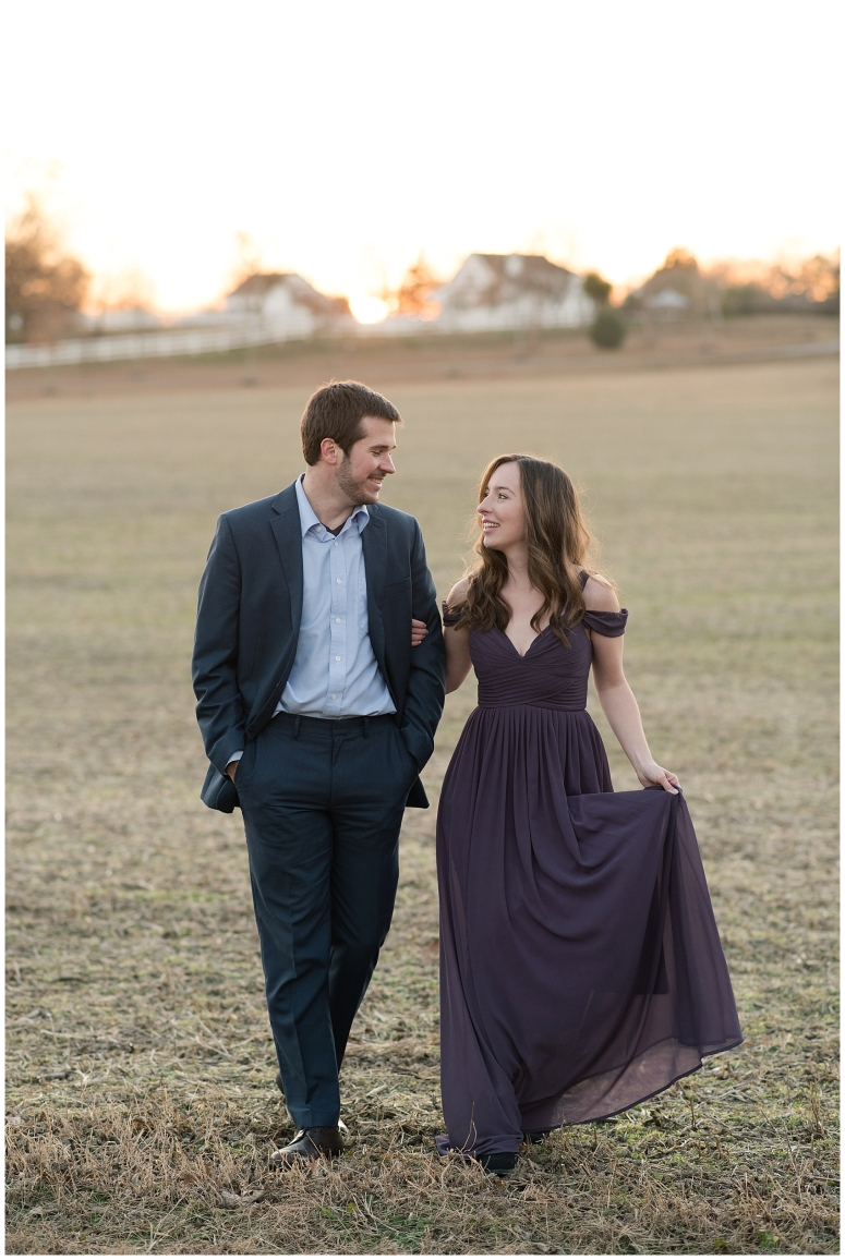 windsor-castle-park-winter-engagement-session-couple-poses-rowlands-photography-virginia-weddings_3602
