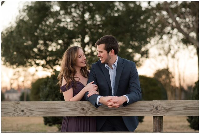 windsor-castle-park-winter-engagement-session-couple-poses-rowlands-photography-virginia-weddings_3619