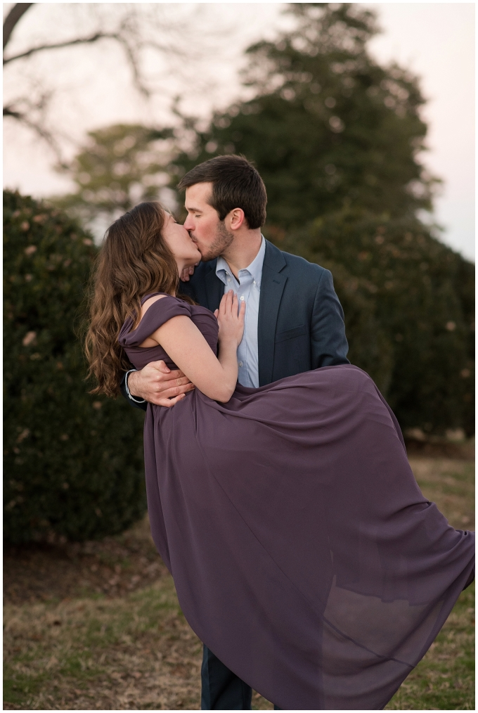 windsor-castle-park-winter-engagement-session-couple-poses-rowlands-photography-virginia-weddings_3629