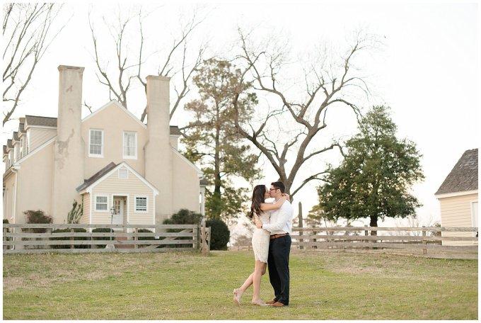 winter-windsor-castle-park-engagement-session-hampton-roads-virginia-wedding-photographers_4130