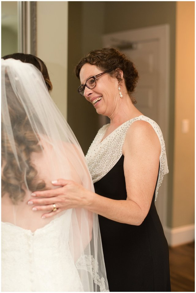 Spring Womans Club of Portsmouth Wedding Virginia Wedding Photographers_4898