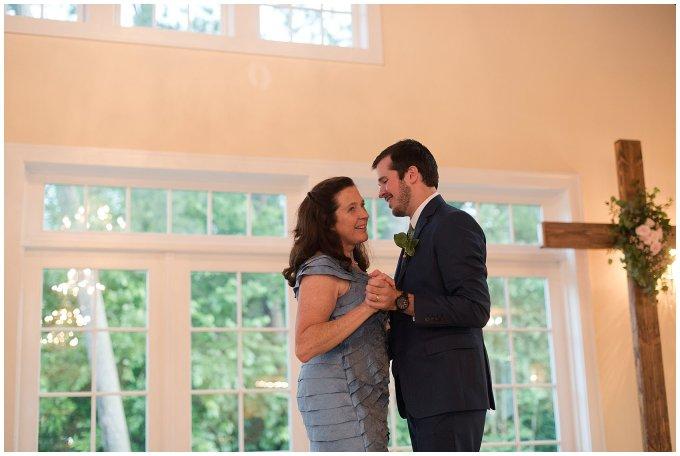 Spring Womans Club of Portsmouth Wedding Virginia Wedding Photographers_4997