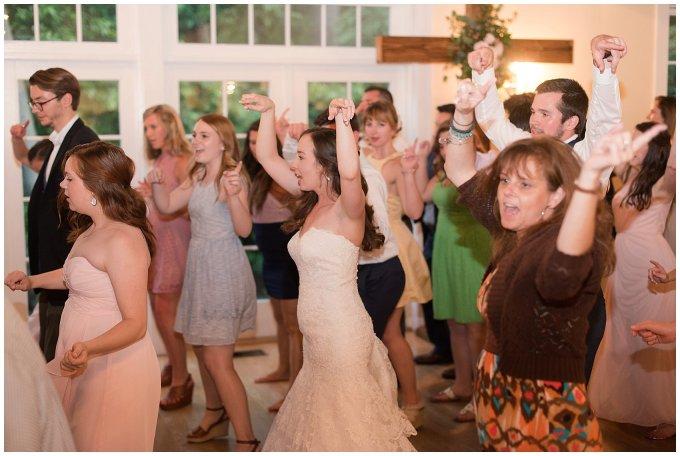 Spring Womans Club of Portsmouth Wedding Virginia Wedding Photographers_5000