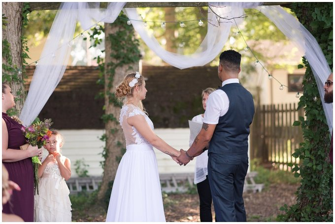 Intimate Simple Beautiful Backyard Virginia Beach Wedding Photographers_5703