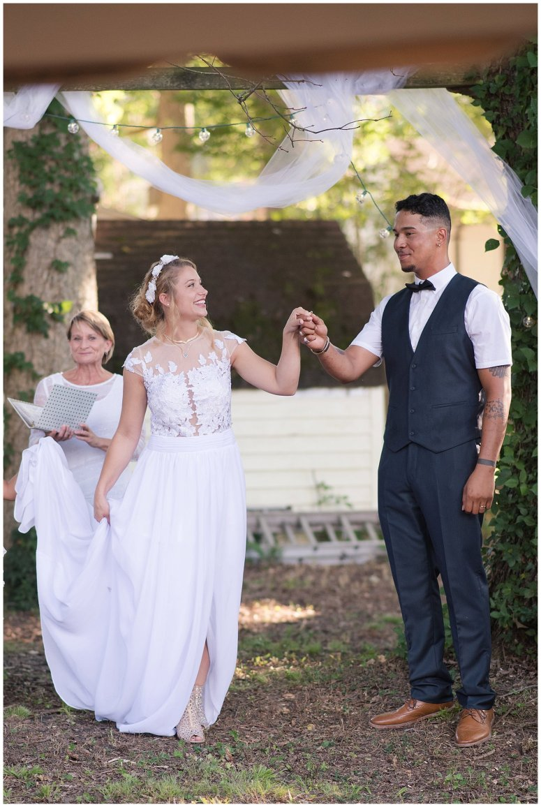 Intimate Simple Beautiful Backyard Virginia Beach Wedding Photographers_5706