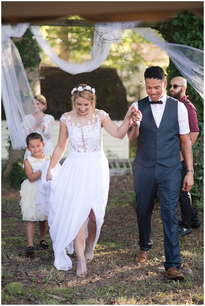 Intimate Simple Beautiful Backyard Virginia Beach Wedding Photographers_5708