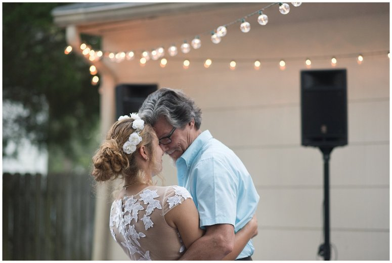Intimate Simple Beautiful Backyard Virginia Beach Wedding Photographers_5747