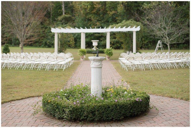 Red Wine Moss Green Fall Autumn Wedding Historic Jasmine Plantation Providence Forge Virginia Wedding Photographers_6529