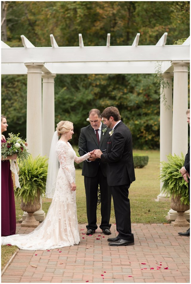 Red Wine Moss Green Fall Autumn Wedding Historic Jasmine Plantation Providence Forge Virginia Wedding Photographers_6558
