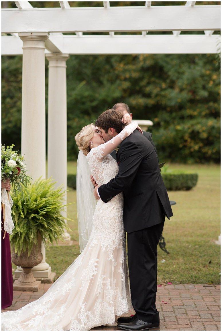 Red Wine Moss Green Fall Autumn Wedding Historic Jasmine Plantation Providence Forge Virginia Wedding Photographers_6564
