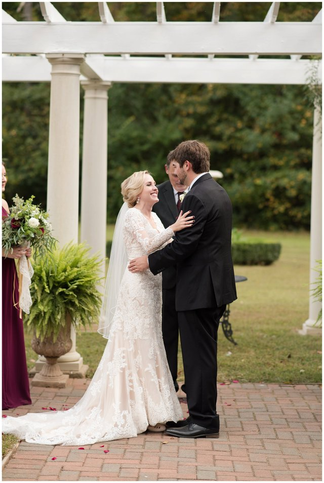 Red Wine Moss Green Fall Autumn Wedding Historic Jasmine Plantation Providence Forge Virginia Wedding Photographers_6567