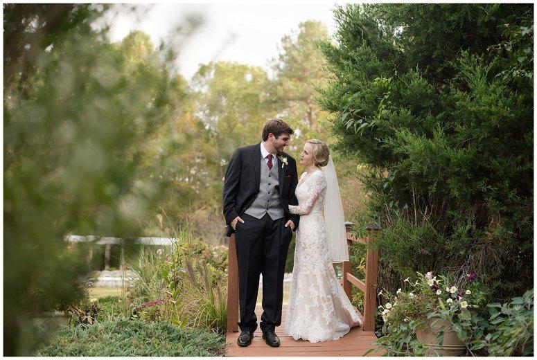 Red Wine Moss Green Fall Autumn Wedding Historic Jasmine Plantation Providence Forge Virginia Wedding Photographers_6590