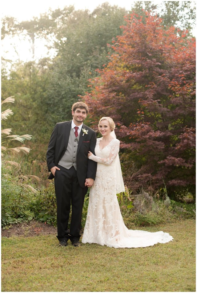 Red Wine Moss Green Fall Autumn Wedding Historic Jasmine Plantation Providence Forge Virginia Wedding Photographers_6599