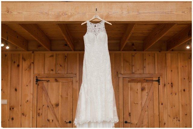 Navy Blue Blue Ridge Mountain Wedding Faithbrooke Farm Vineyard Luray Virginia Wedding Photographers_7129