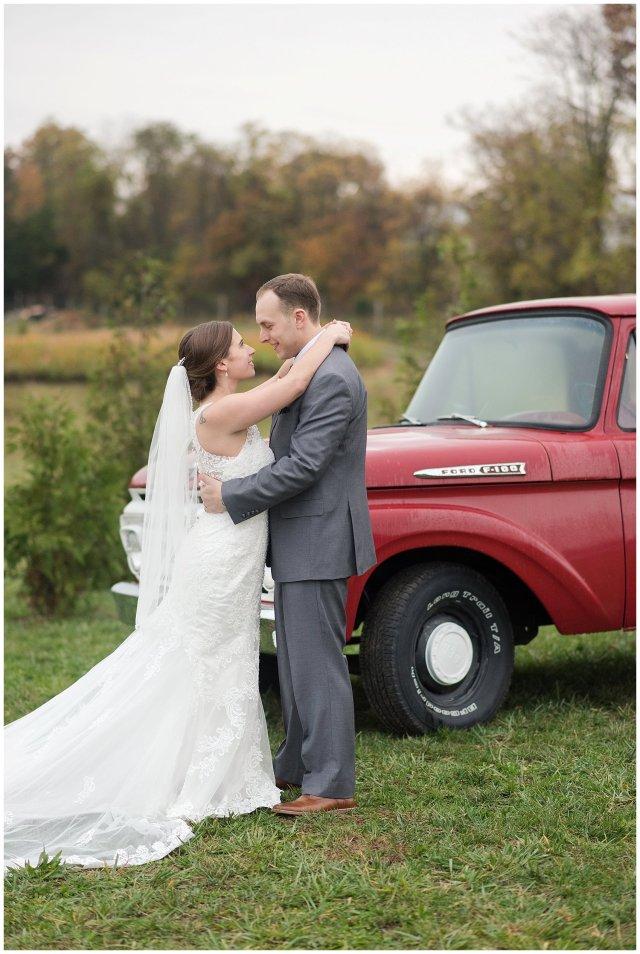 Navy Blue Blue Ridge Mountain Wedding Faithbrooke Farm Vineyard Luray Virginia Wedding Photographers_7266