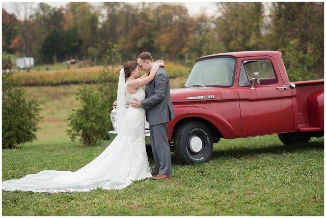 Navy Blue Blue Ridge Mountain Wedding Faithbrooke Farm Vineyard Luray Virginia Wedding Photographers_7268
