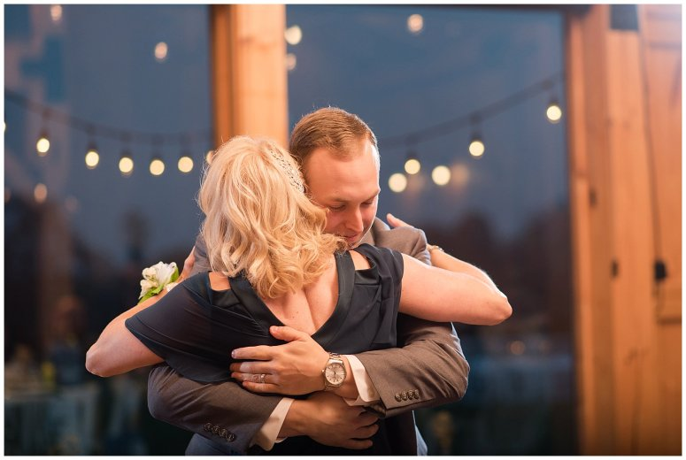 Navy Blue Blue Ridge Mountain Wedding Faithbrooke Farm Vineyard Luray Virginia Wedding Photographers_7306