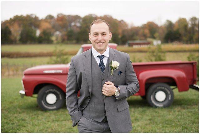 Navy Blue Blue Ridge Mountain Wedding Faithbrooke Farm Vineyard Luray Virginia Wedding Photographers_7344