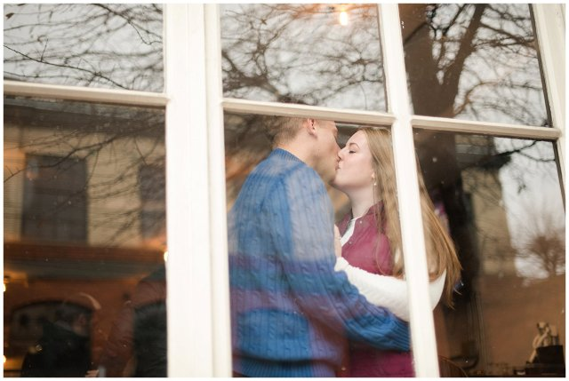 Downtown Richmond Libby Hill Engagement Session_7525