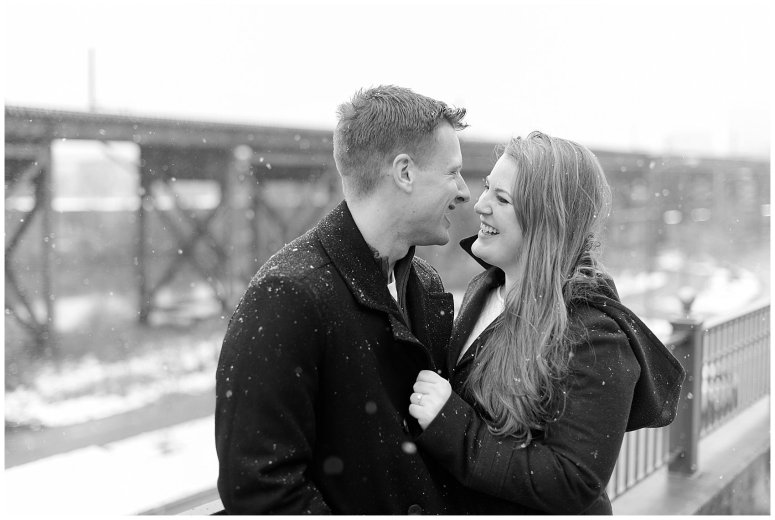 Downtown Richmond Libby Hill Engagement Session_7573