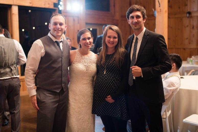 faithbrooke-barn-vineyard-luray-virginia-wedding-photographers