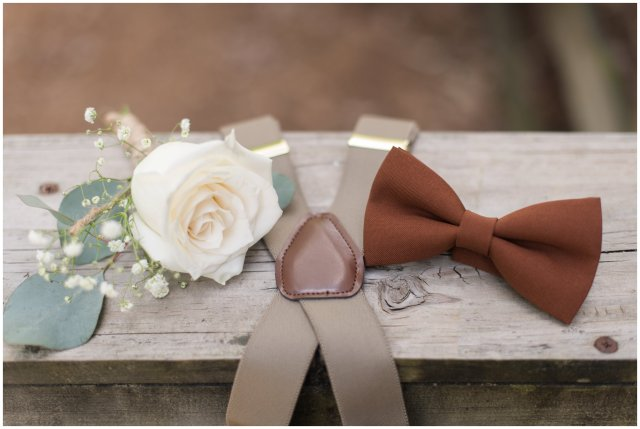 Intimate-Rustic-Backyard-Chesapeake-Virginia-Wedding_0617