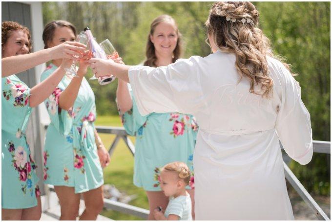 Intimate-Rustic-Backyard-Chesapeake-Virginia-Wedding_0622