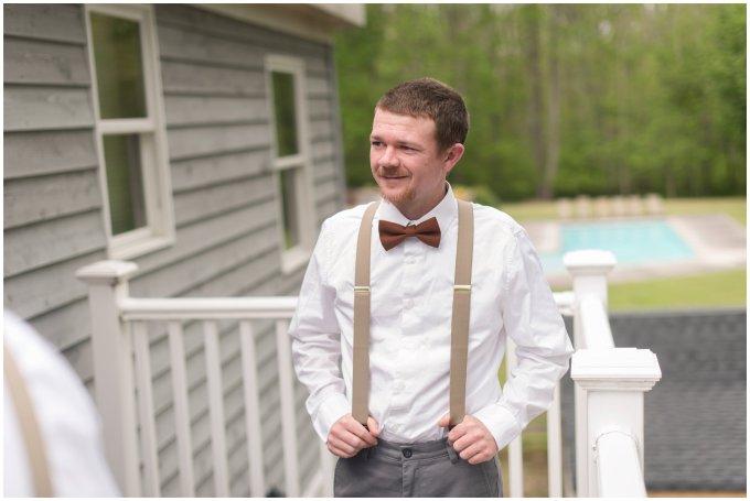 Intimate-Rustic-Backyard-Chesapeake-Virginia-Wedding_0631