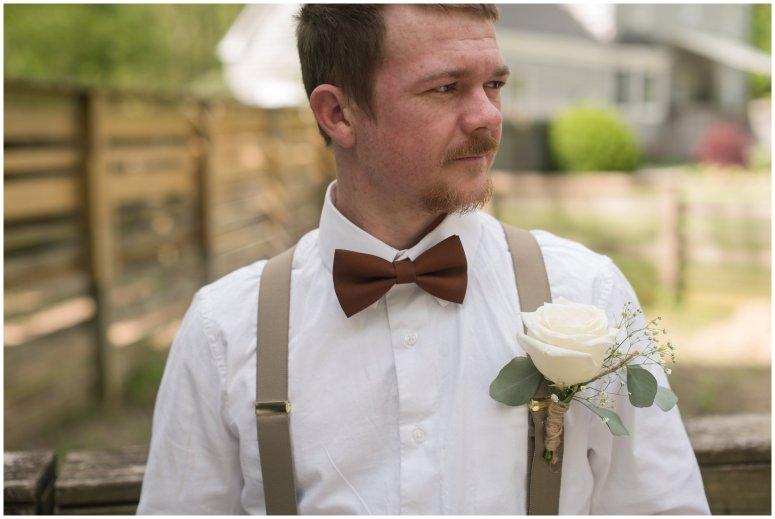 Intimate-Rustic-Backyard-Chesapeake-Virginia-Wedding_0634