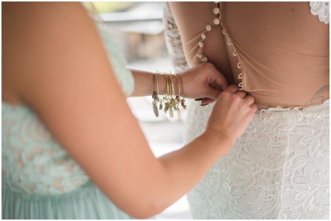 Intimate-Rustic-Backyard-Chesapeake-Virginia-Wedding_0642