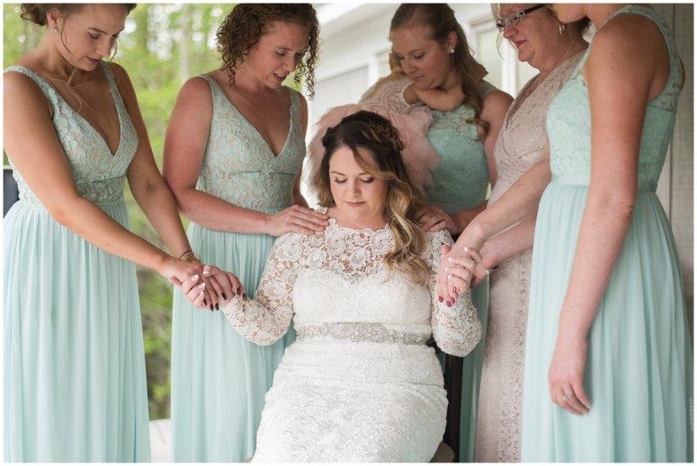 Intimate-Rustic-Backyard-Chesapeake-Virginia-Wedding_0647