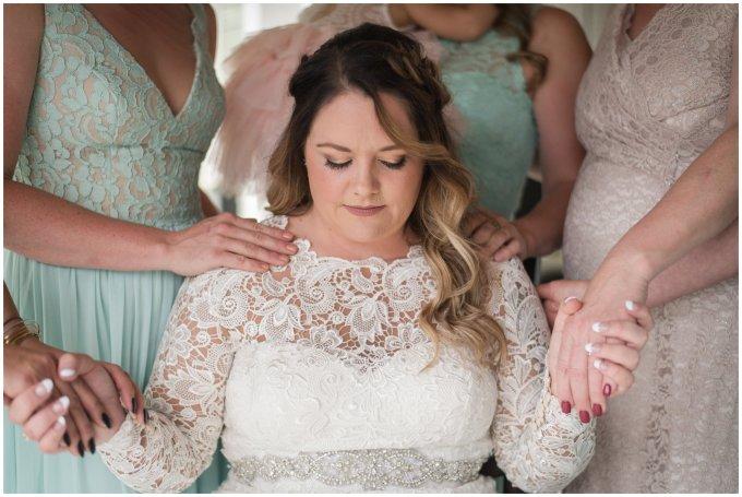 Intimate-Rustic-Backyard-Chesapeake-Virginia-Wedding_0648