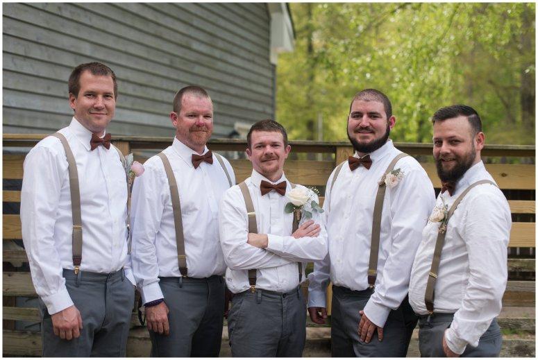 Intimate-Rustic-Backyard-Chesapeake-Virginia-Wedding_0655