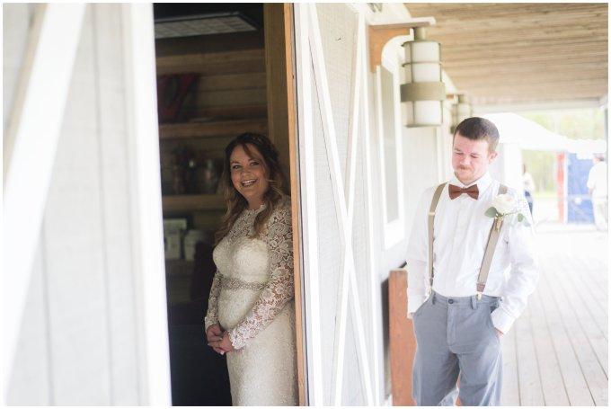 Intimate-Rustic-Backyard-Chesapeake-Virginia-Wedding_0665