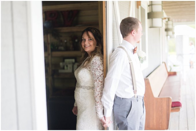 Intimate-Rustic-Backyard-Chesapeake-Virginia-Wedding_0667