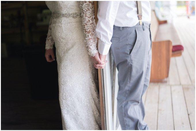 Intimate-Rustic-Backyard-Chesapeake-Virginia-Wedding_0670