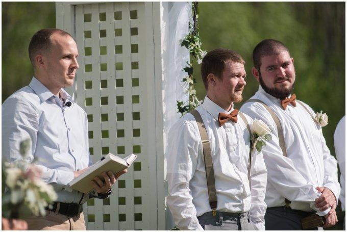 Intimate-Rustic-Backyard-Chesapeake-Virginia-Wedding_0674
